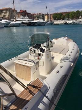 Bootverhuur Capelli Tempest 700 Sun in Nice via SamBoat