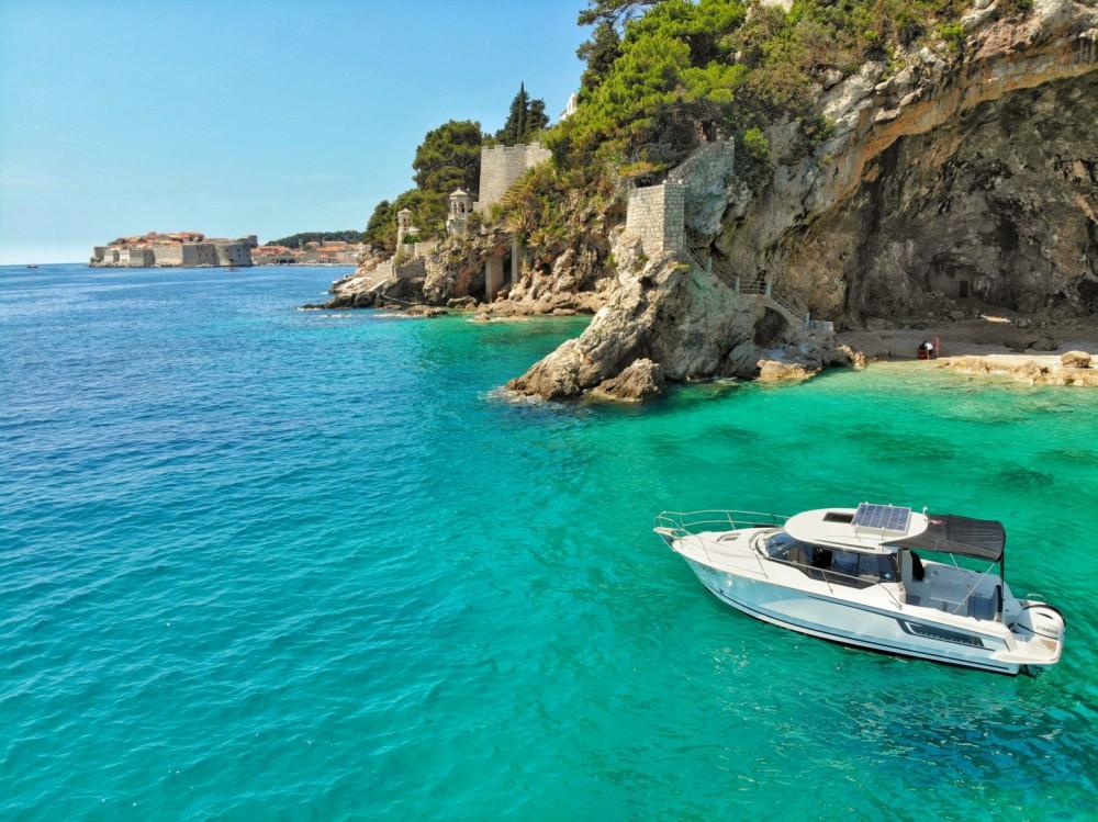 Bootverhuur Jeanneau Merry Fisher 795 in Dubrovnik via SamBoat