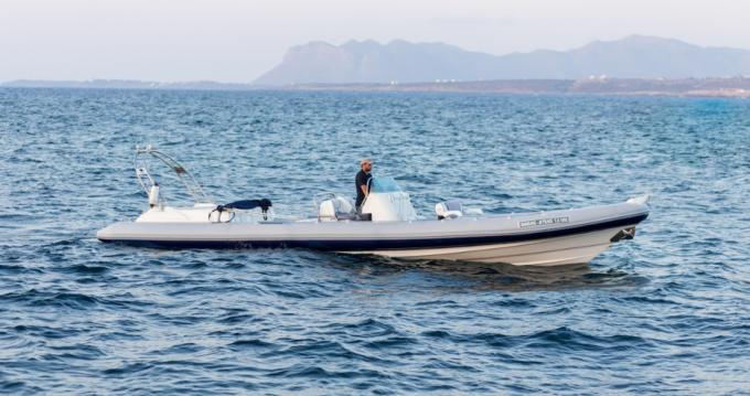 Verhuur Rubberboot in Chania - Cobra Royal