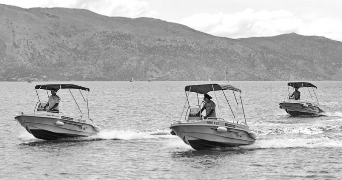 Verhuur Motorboot tropeas  met vaarbewijs