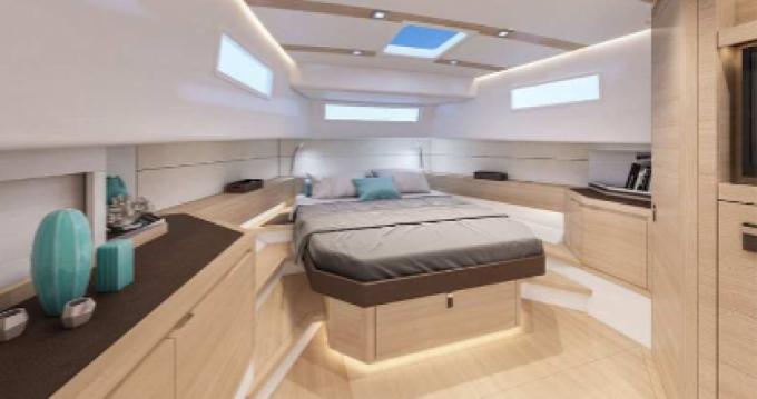 Verhuur Motorboot Pardo Yachts met vaarbewijs