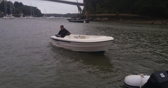 Motorboot te huur in Bono voor de beste prijs