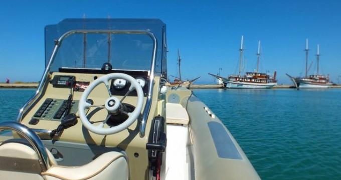 Huur Rubberboot met of zonder schipper Fost Obssesion in Lefkas Egremni