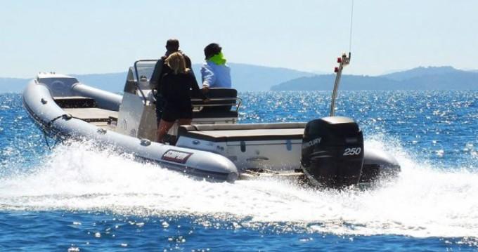 Huur Rubberboot met of zonder schipper Scorpion in Lefkas Egremni