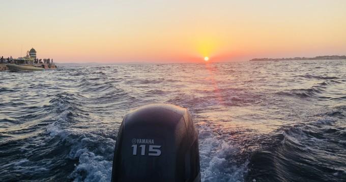 Huur Motorboot met of zonder schipper Coverline in Preko