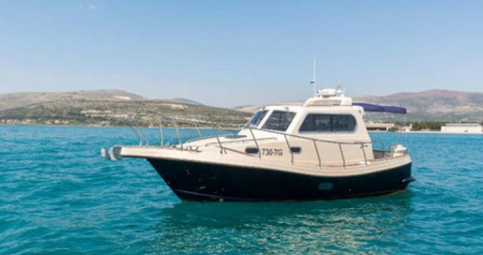 Damor Fjera 980 te huur van particulier of professional in Trogir