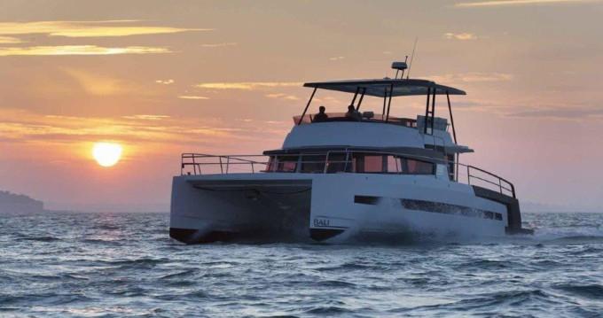 Huur Catamaran met of zonder schipper Bali Catamarans in Ibiza Island