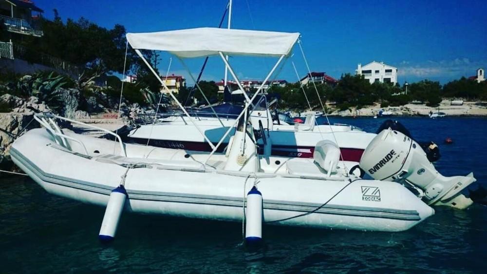 Huur Rubberboot met of zonder schipper Zodiac in Trogir