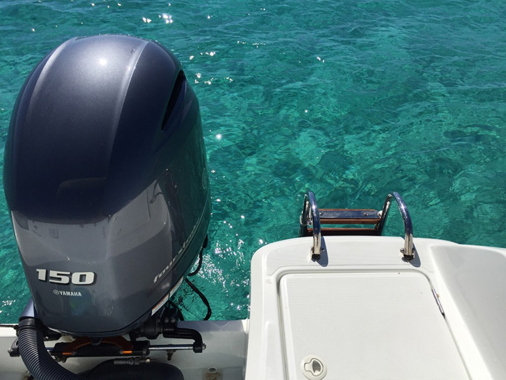 Huur een Jeanneau Cap Camarat 650 in Ibiza