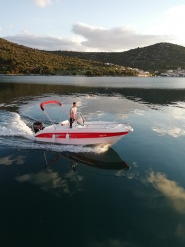 Jachthuur in Vinišće - Salmeri Syros 190 via SamBoat