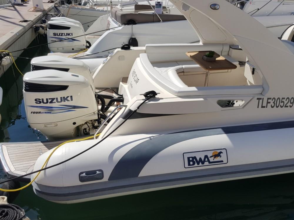 Bootverhuur Bwa Bwa 34 Efb in Fréjus via SamBoat