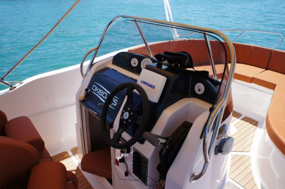 Verhuur Motorboot Okiboats met vaarbewijs