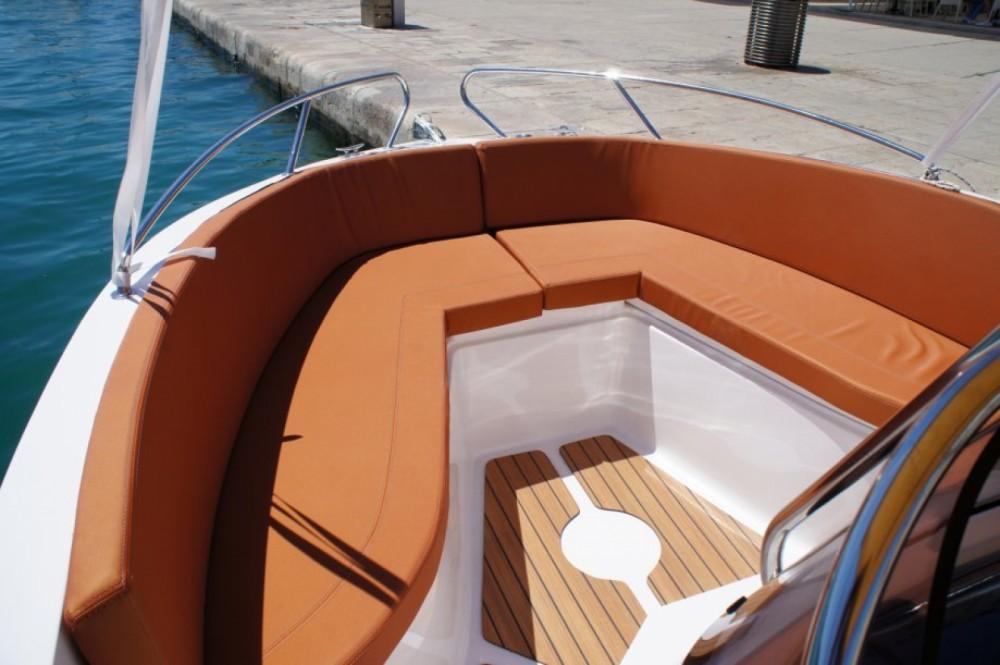 Verhuur Motorboot in Dubrovnik - Okiboats Barracuda 545 Open