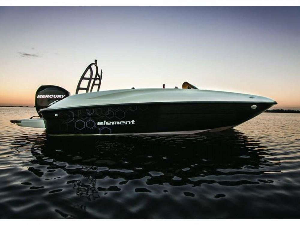 Huur Motorboot met of zonder schipper Bayliner in Noirmoutier-en-l'Île