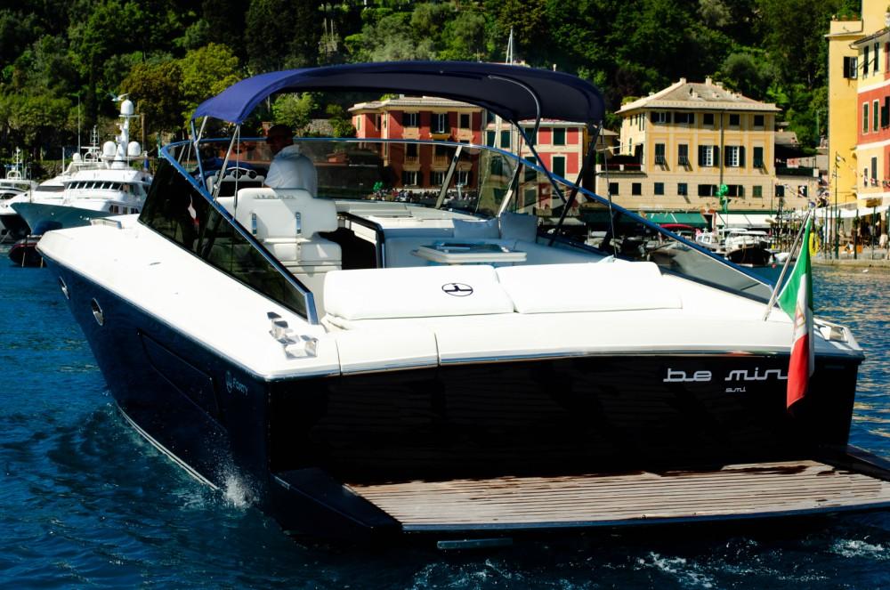 Jacht te huur in Genua voor de beste prijs