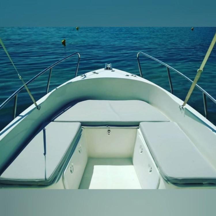 Motorboot te huur in Nydri voor de beste prijs