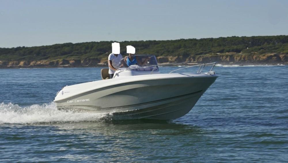 Motorboot te huur in Saint-Gilles-Croix-de-Vie voor de beste prijs