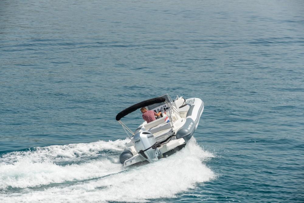Huur een Marlin Boat 790 Pro Dynamic in Trogir