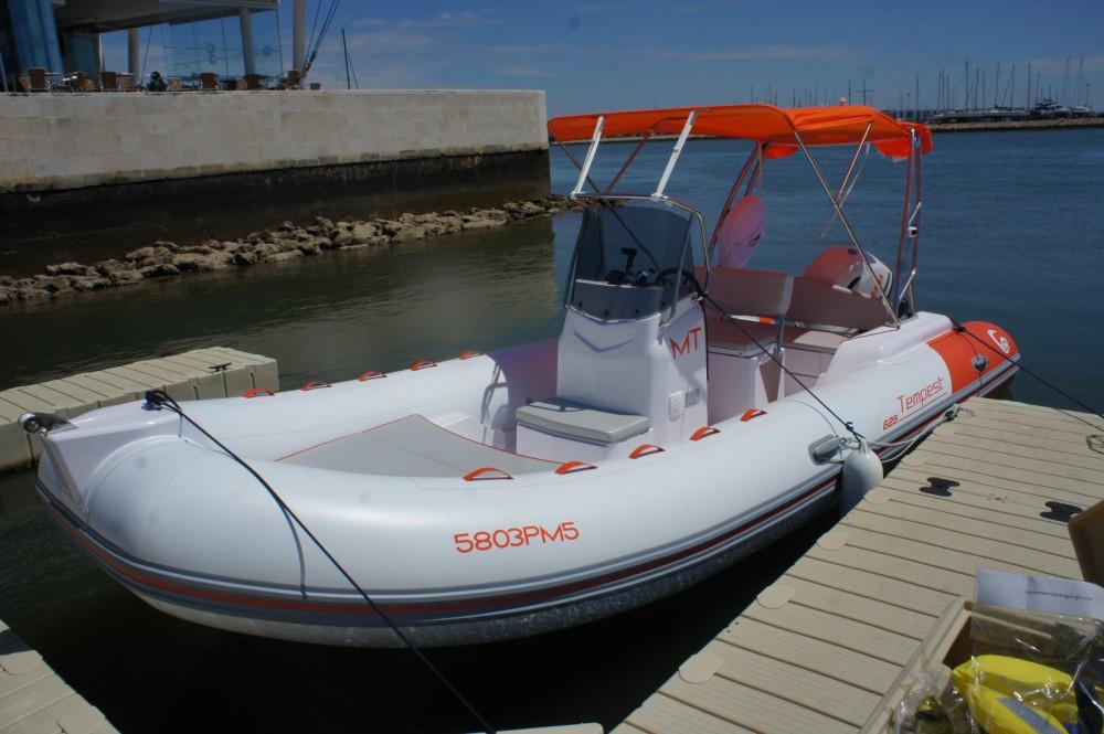 Rubberboot te huur in Algarve voor de beste prijs