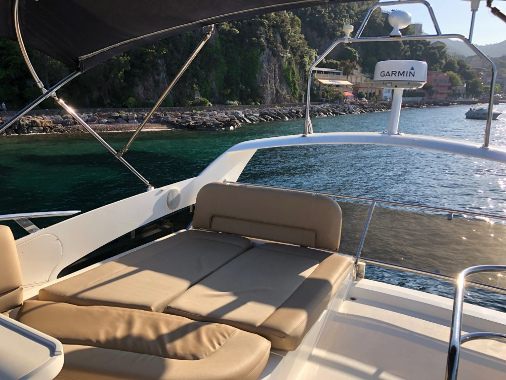 Jachthuur in Cannes - Princess Princess P42 via SamBoat