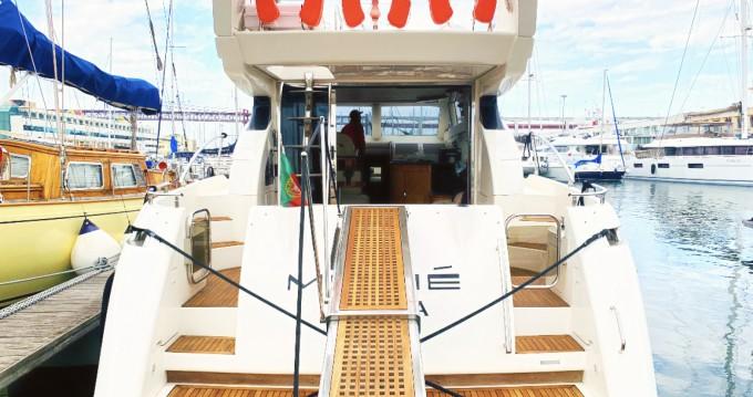 Motorboot te huur in Lisbon voor de beste prijs