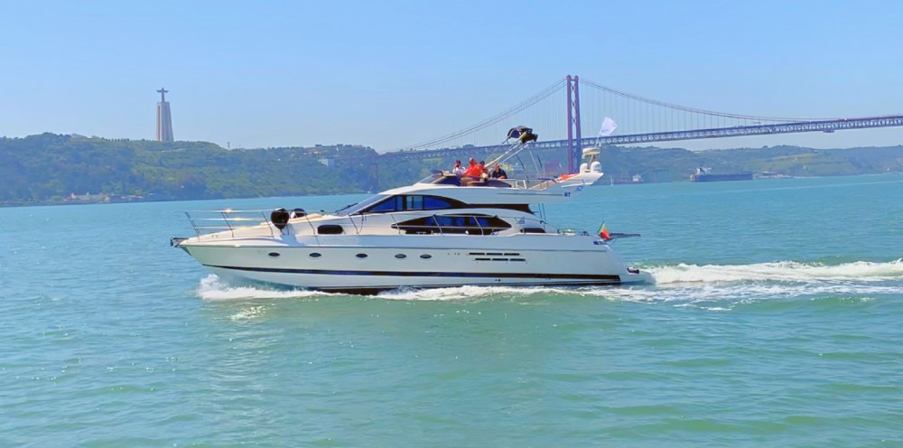 Azimut Azimut 52 Fly te huur van particulier of professional in Lissabon
