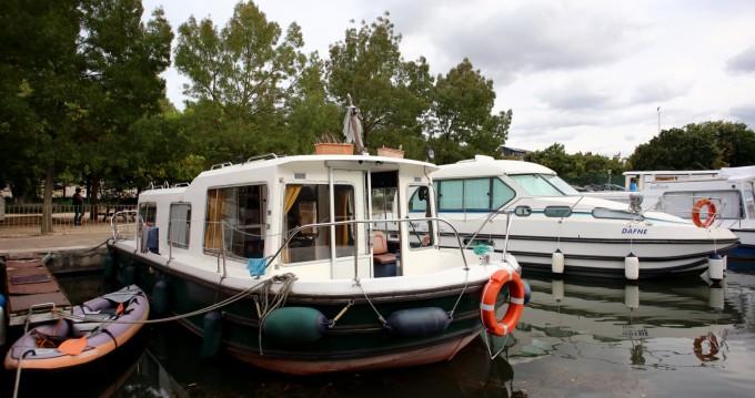 Jachthuur in Vallabrègues - Jeanneau Eau Claire 9.30 via SamBoat
