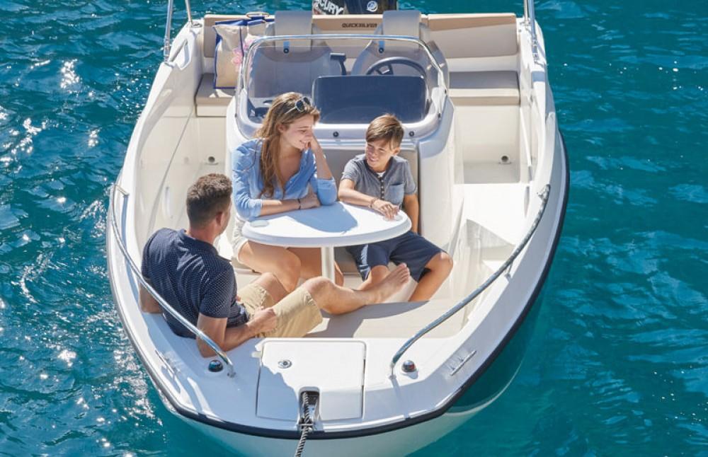 Motorboot te huur in Gruissan voor de beste prijs