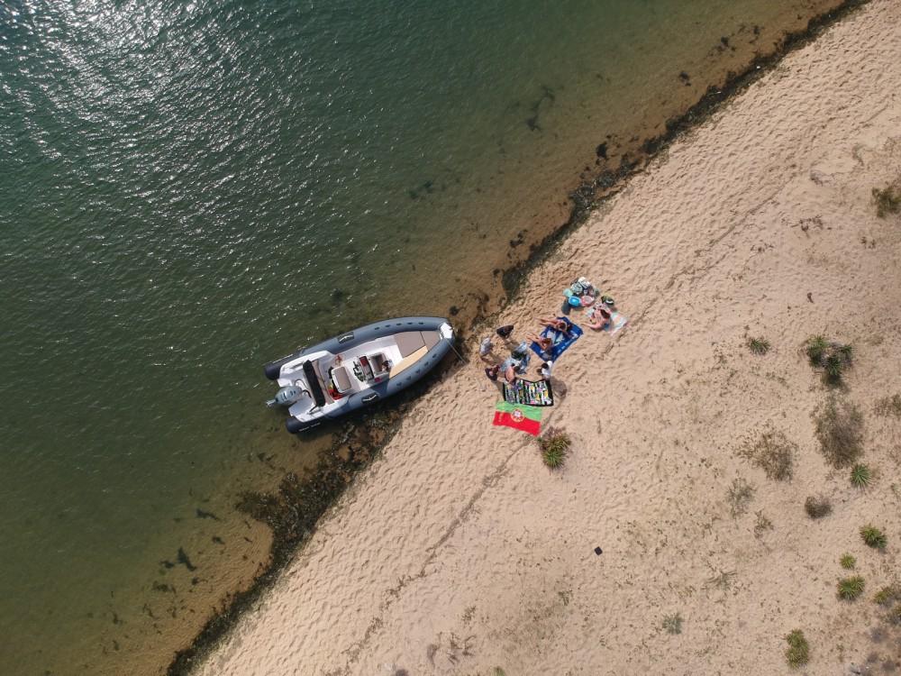 Rubberboot te huur in Lège-Cap-Ferret voor de beste prijs