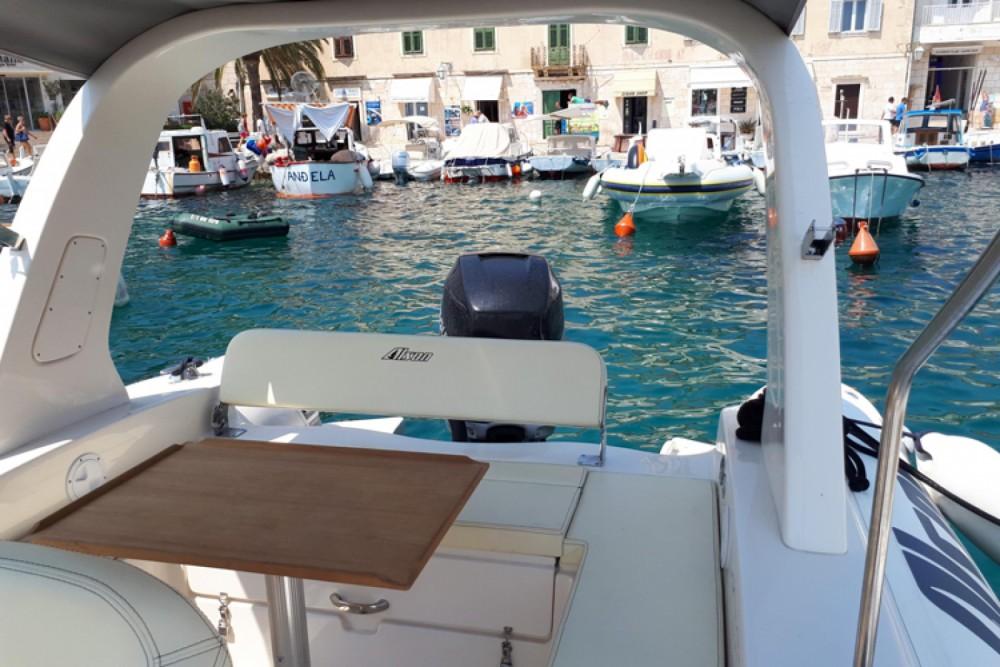 Verhuur Rubberboot Alson met vaarbewijs