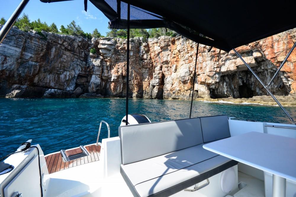 Verhuur Motorboot in Dubrovnik - Jeanneau Merry Fisher 795