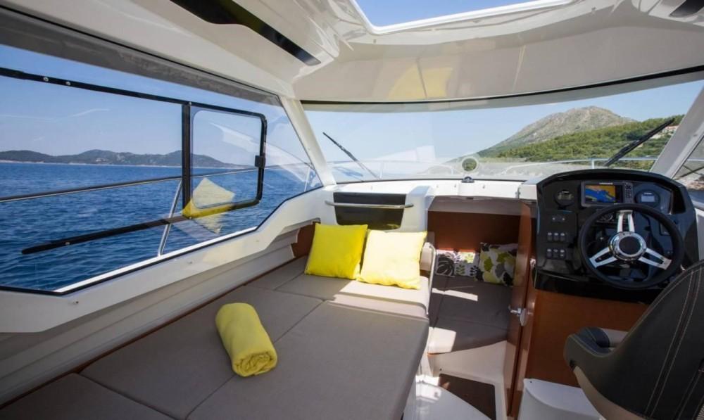 Verhuur Motorboot in Trogir - Jeanneau Merry Fisher 795