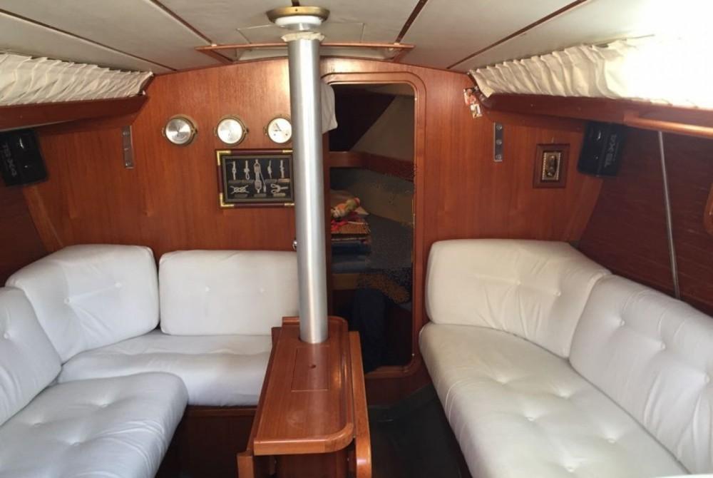 Verhuur Zeilboot Cantiere Del Pardo met vaarbewijs