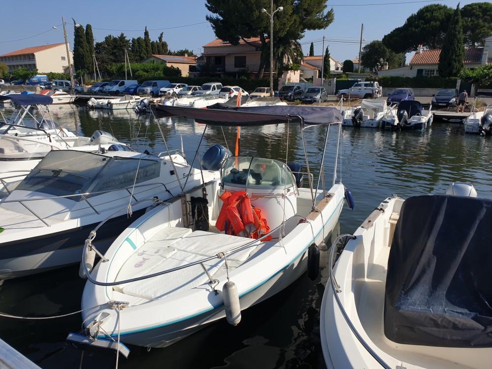Motorboot te huur in Hyères voor de beste prijs