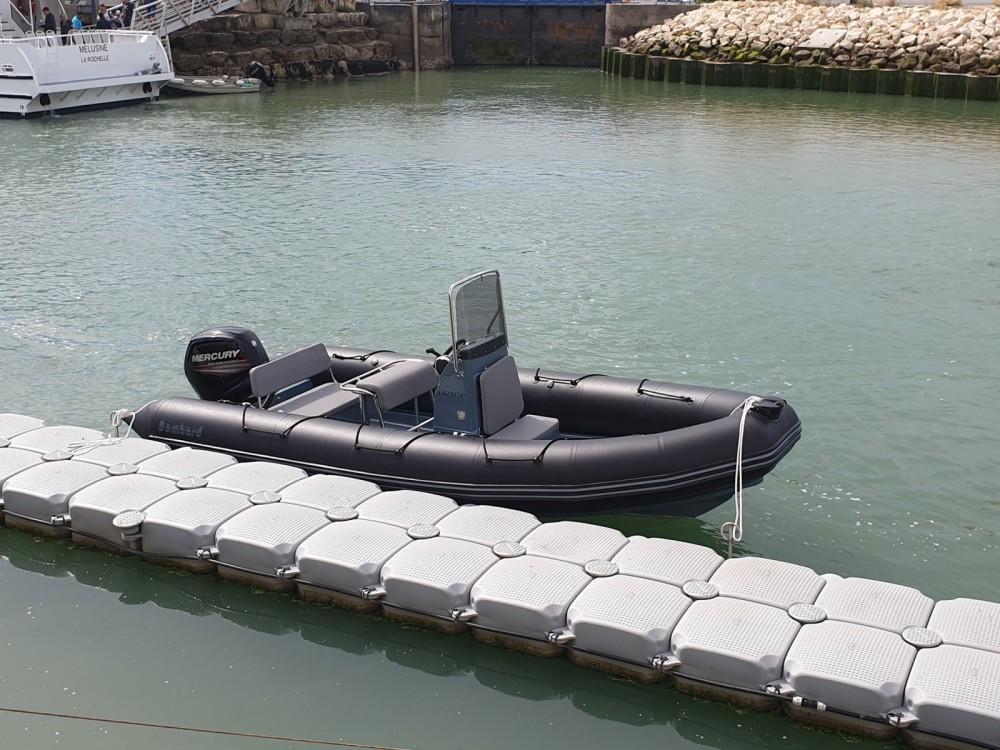Verhuur Rubberboot in La Flotte - Bombard Explorer 600