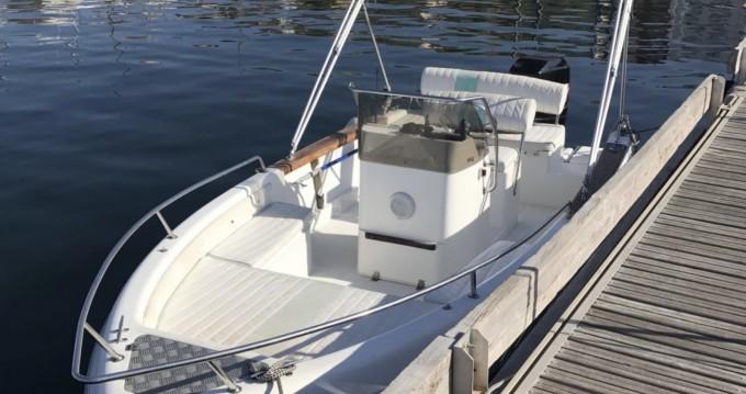 Motorboot te huur in L'Estaque voor de beste prijs