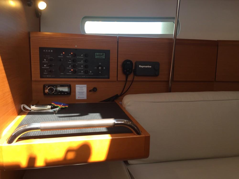 Verhuur Zeilboot in Korfoe - Jeanneau Sun Odyssey 389