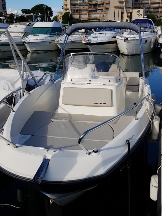 Bootverhuur Quicksilver 555 in Mandelieu-la-Napoule via SamBoat