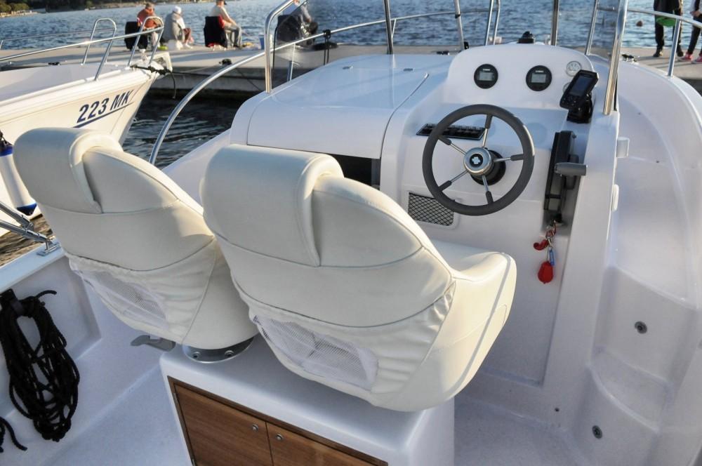 Verhuur Motorboot in Malinska - Elan Elan 600 Cabine