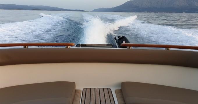 Verhuur Motorboot in Split - Jeanneau Prestige 46 Fly