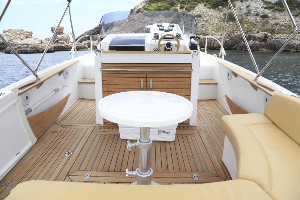 Sessa Marine Kay Large 30 te huur van particulier of professional in Balearen