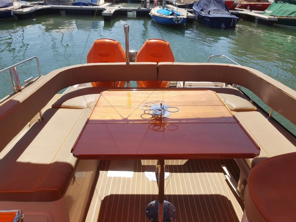 Verhuur Motorboot in Arcachon - Beacher Beacher V10 Croisière