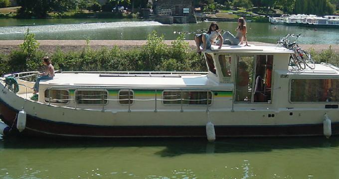 Bootverhuur Les Canalous Pénichette 1107W in Châteauneuf-sur-Sarthe via SamBoat