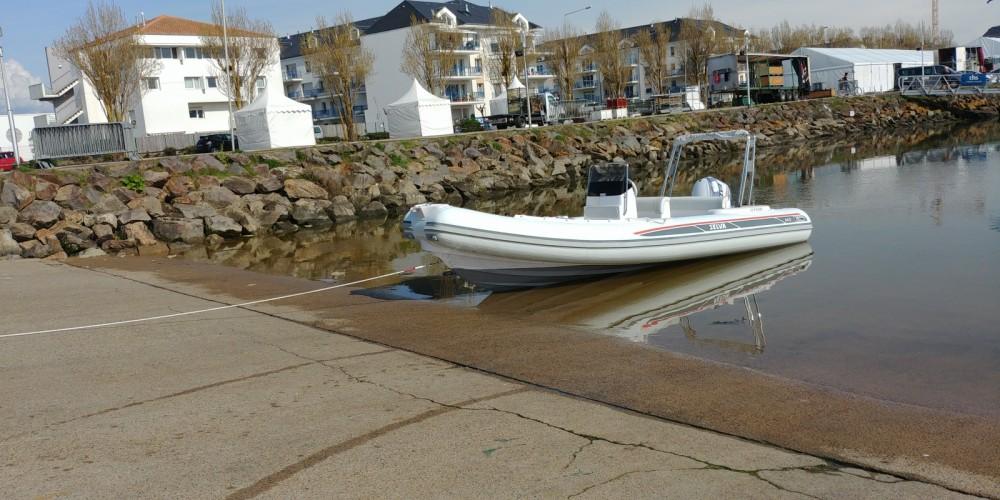 Verhuur Rubberboot in Les Sables-d'Olonne - Selva D640