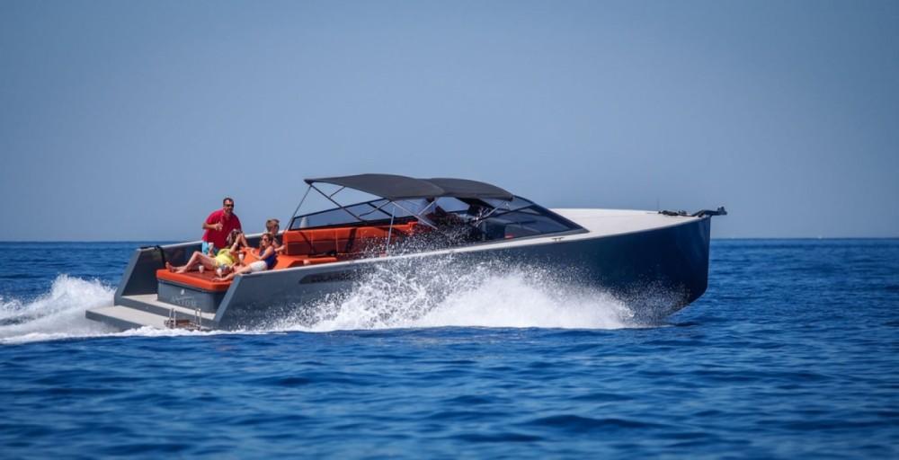 Verhuur Motorboot in Hvar - Axiom Colnago Open