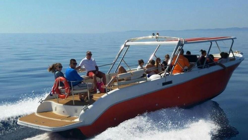 Verhuur Motorboot Enzo met vaarbewijs