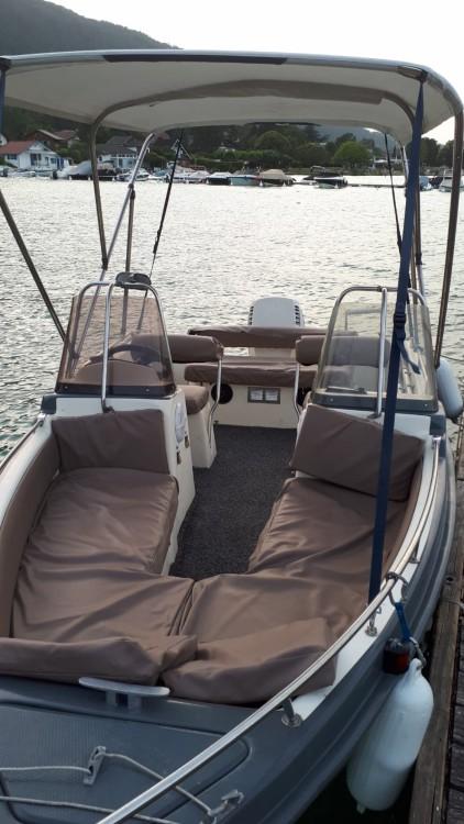Huur Motorboot met of zonder schipper Ultramar in Annecy