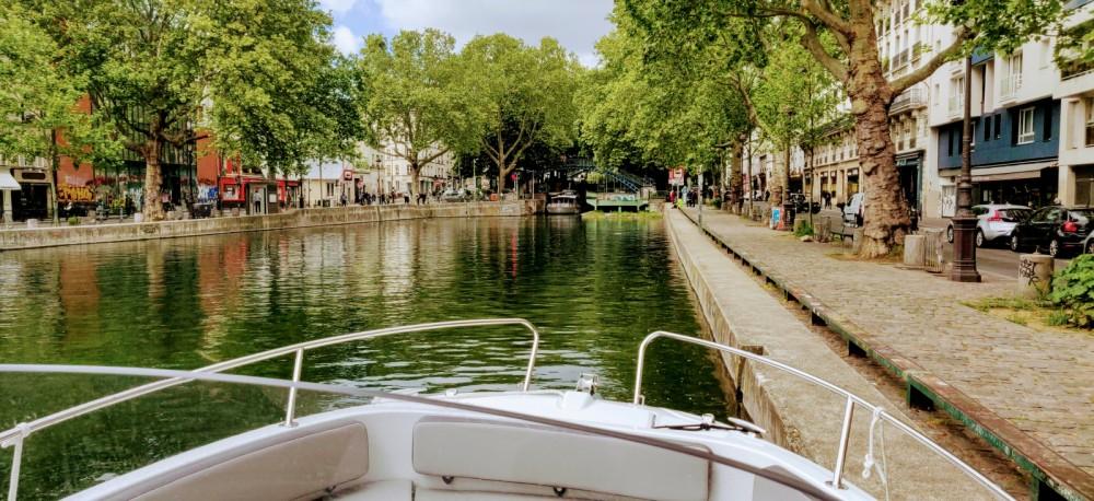 Jeanneau Cap Camarat 6.5 CC Serie 3 te huur van particulier of professional in Parijs