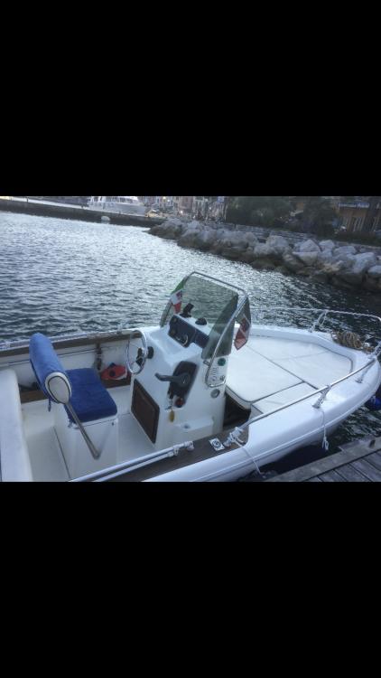 Bootverhuur Capelli Cap 17  in La Spezia via SamBoat