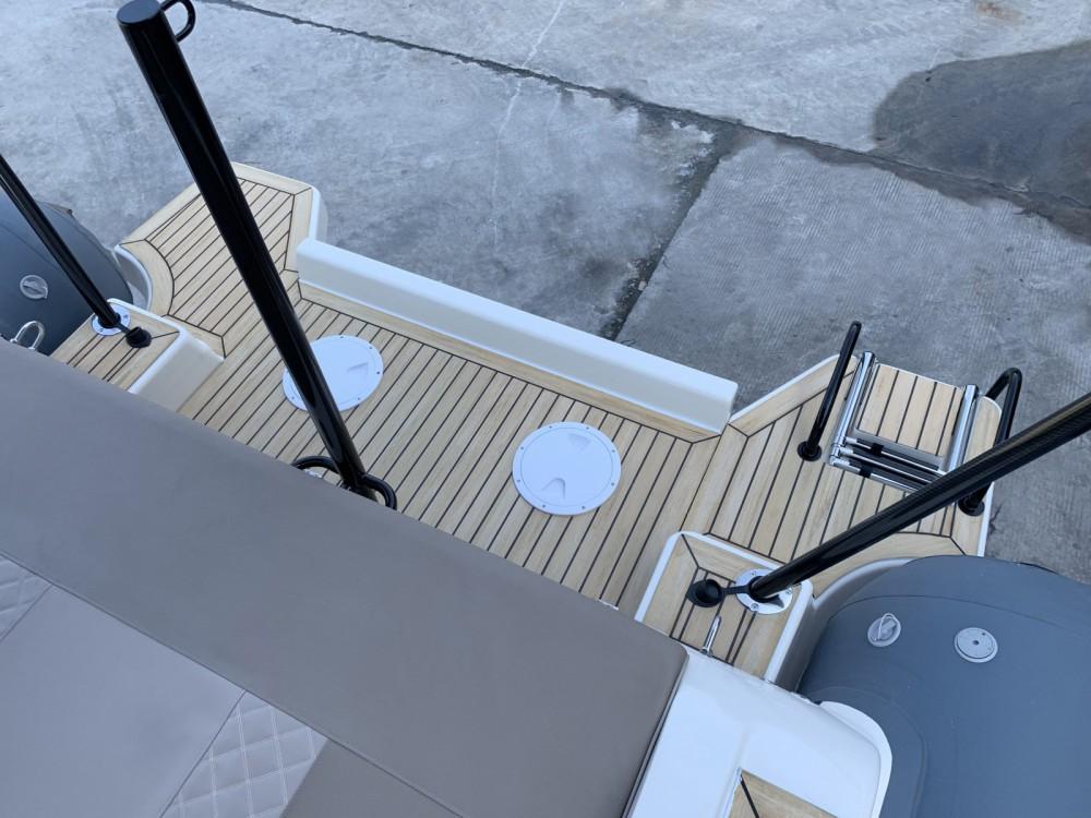 Jachthuur in Grimaud - Wimbi Boats W10 via SamBoat